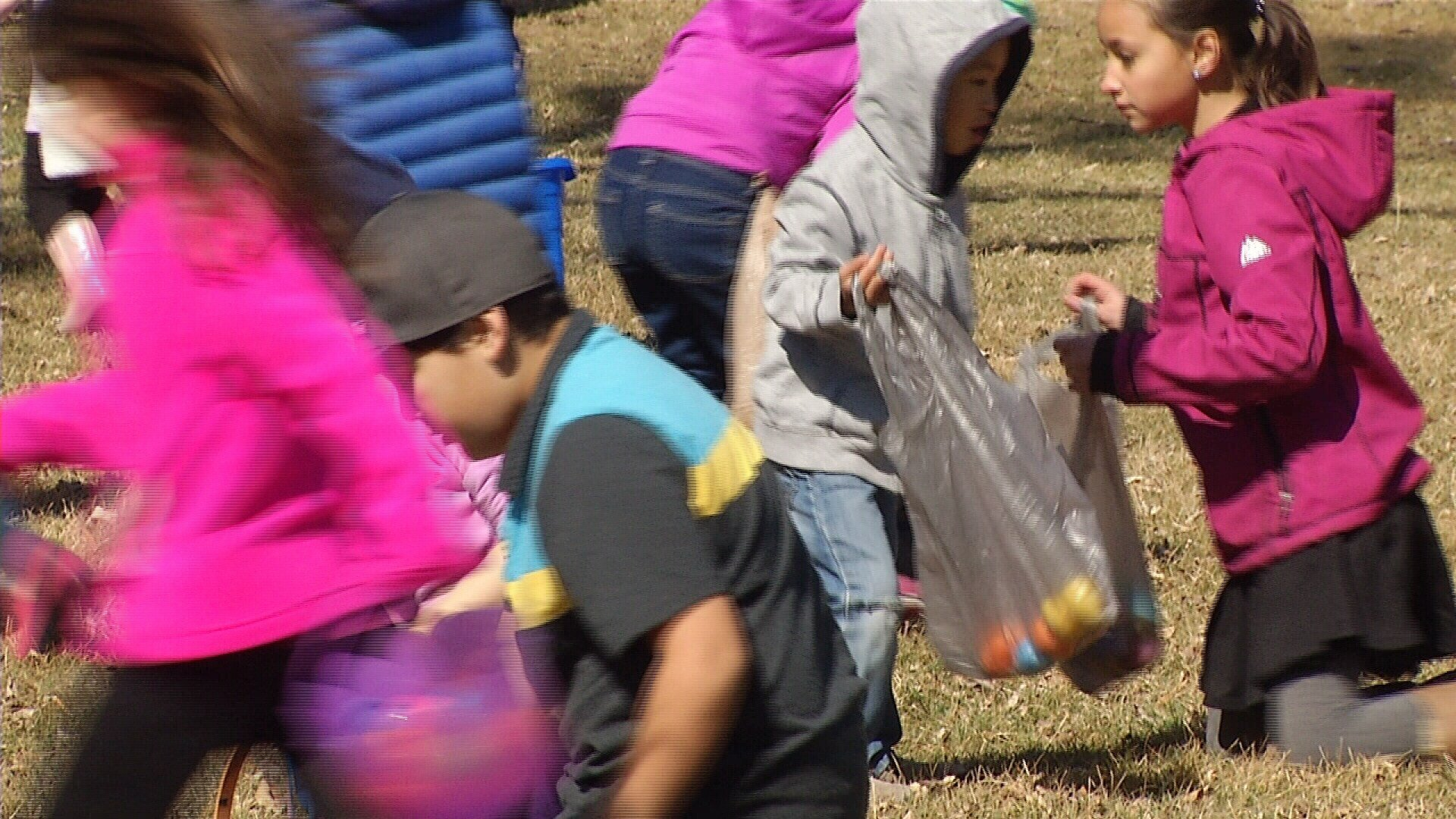 Parents Ruin Easter Egg Hunt after Rushing Field