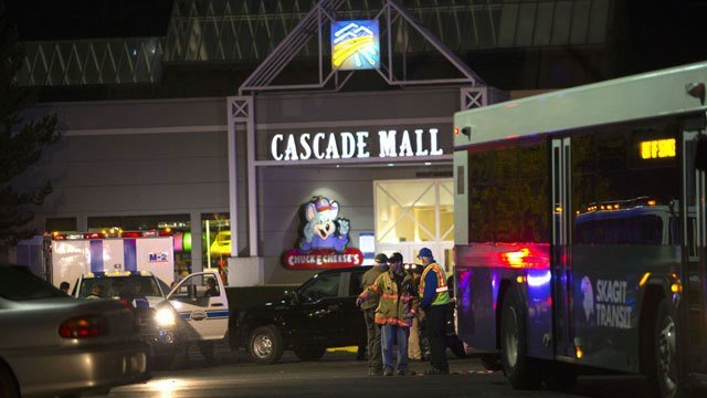 Authorities say 5th person dies in mall shooting