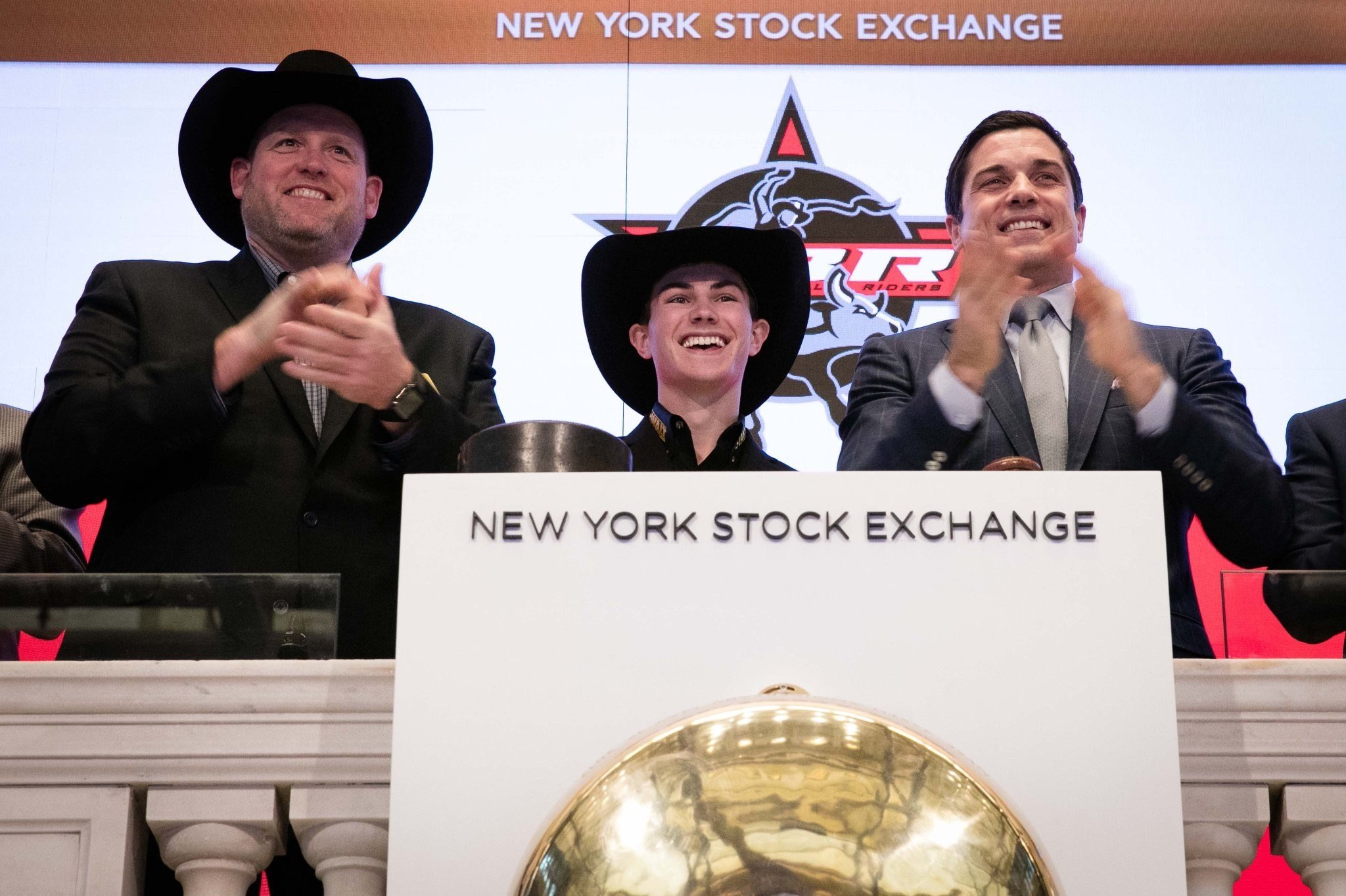 Montana's Jess Lockwood rings NYSE opening bell (Twitter: @NYSE)