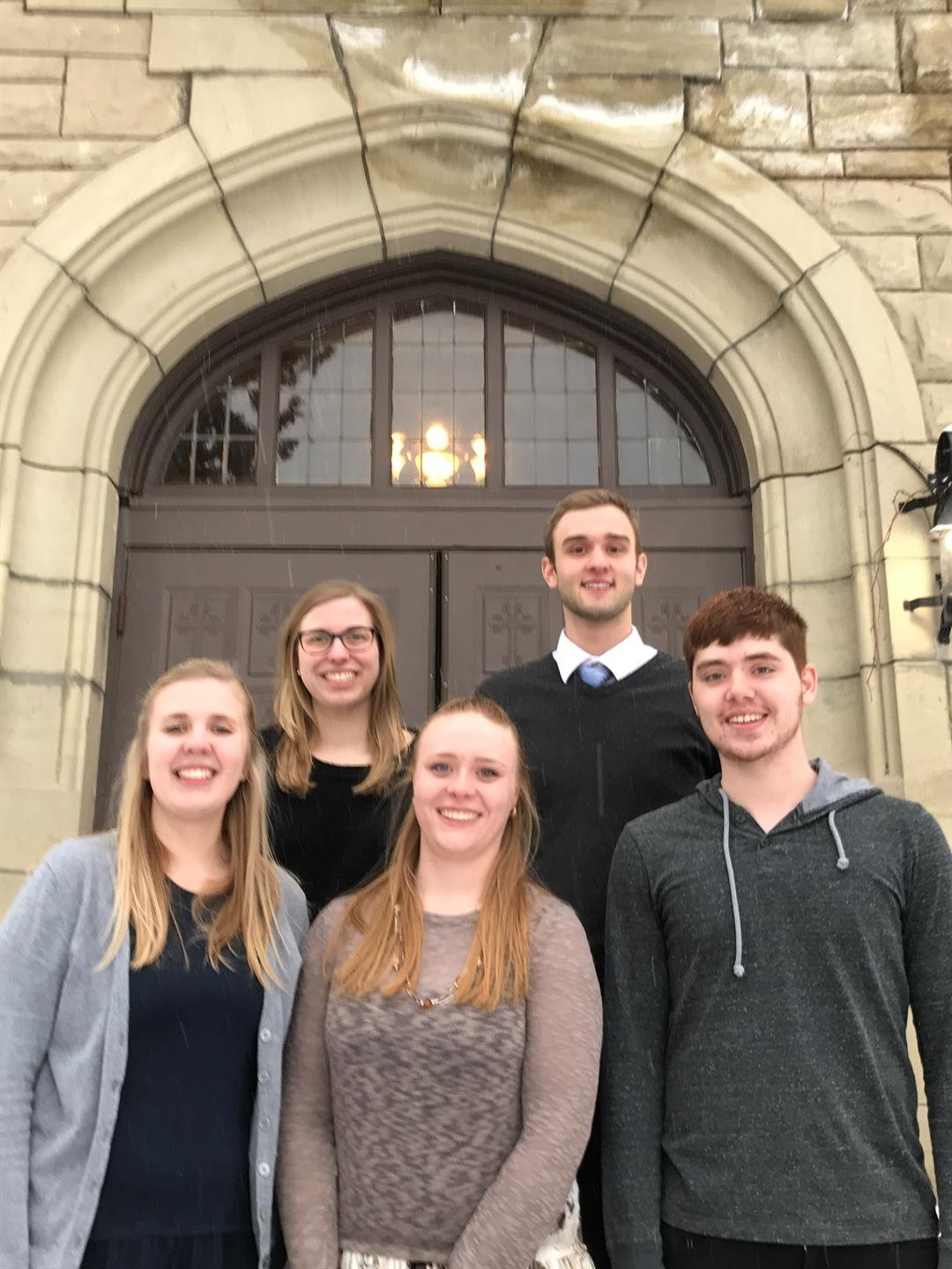 L to R: Kayleigh Griffith, Paige Schladetsch, Gretchen Carlson, Mitchell Harmon, Trevor Hunnes. (Photo courtesy of Rocky Mountain College)