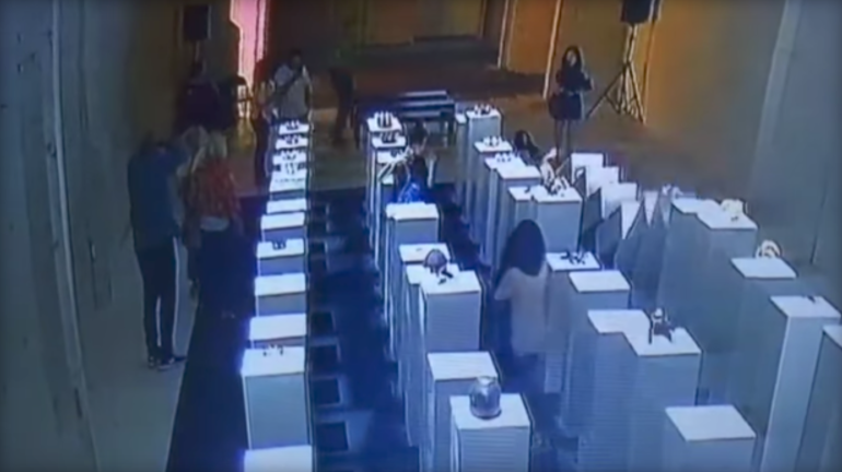 A woman caused $200,000 worth of damage at a Los Angeles art exhibit after slipping during a selfie. (Youtube)