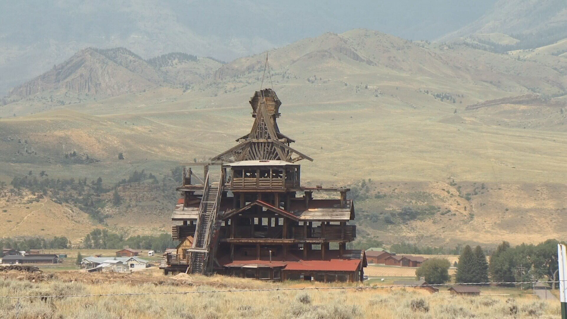 The Smith Mansion stands in Wapiti, Wyo. (MTN News)