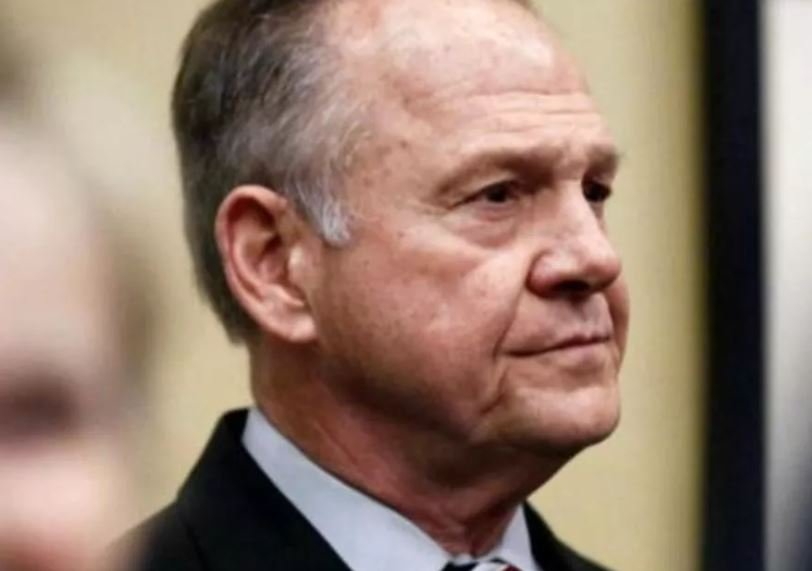 WaPo accuses conservative activists of pushing fake Moore allegations
