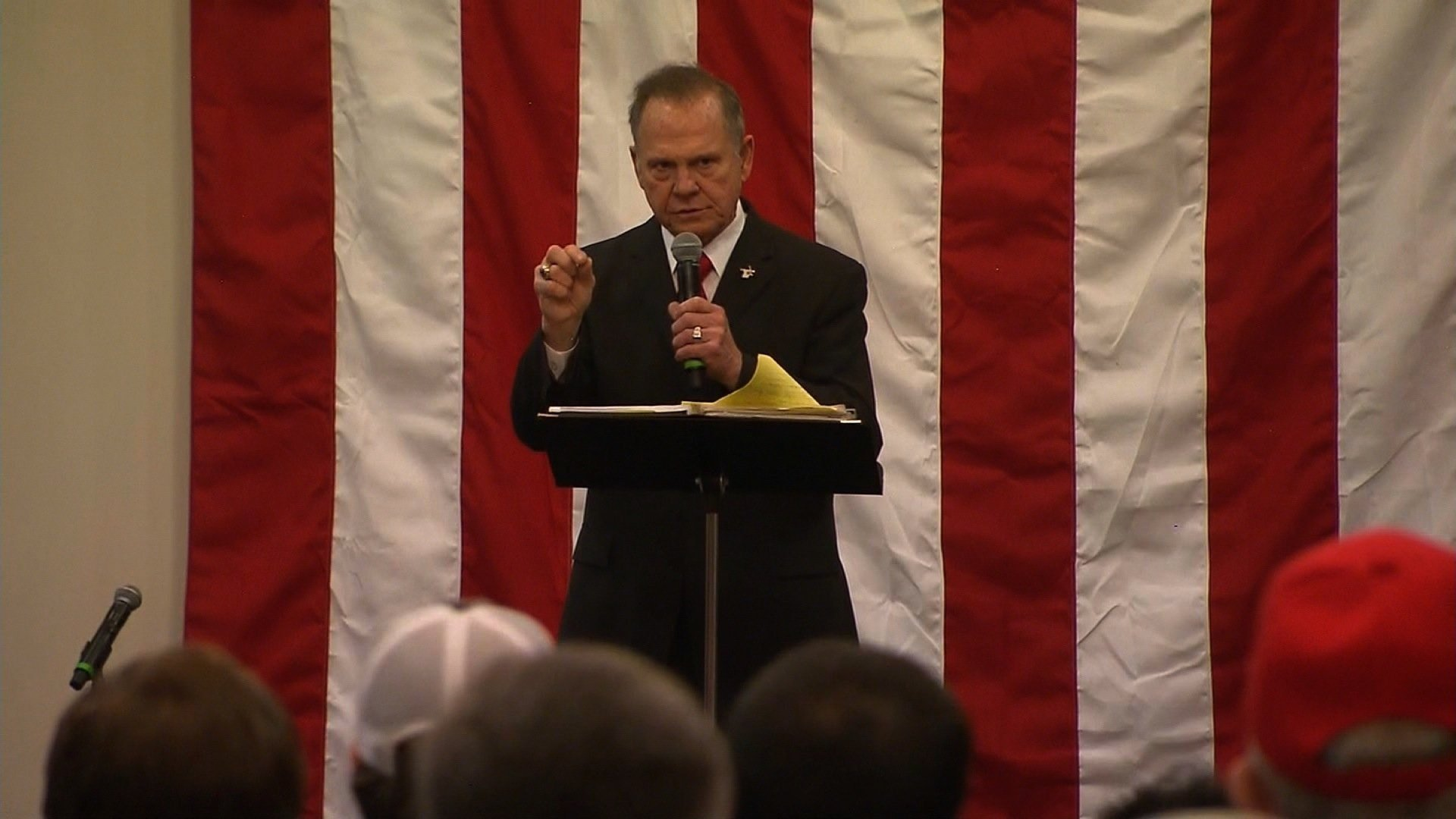 Republican Roy Moore cast the sexual allegations he faces as an outside effort to tank his Senate candidacy Monday night at his final rally before Tuesday's special election. CNN photo.