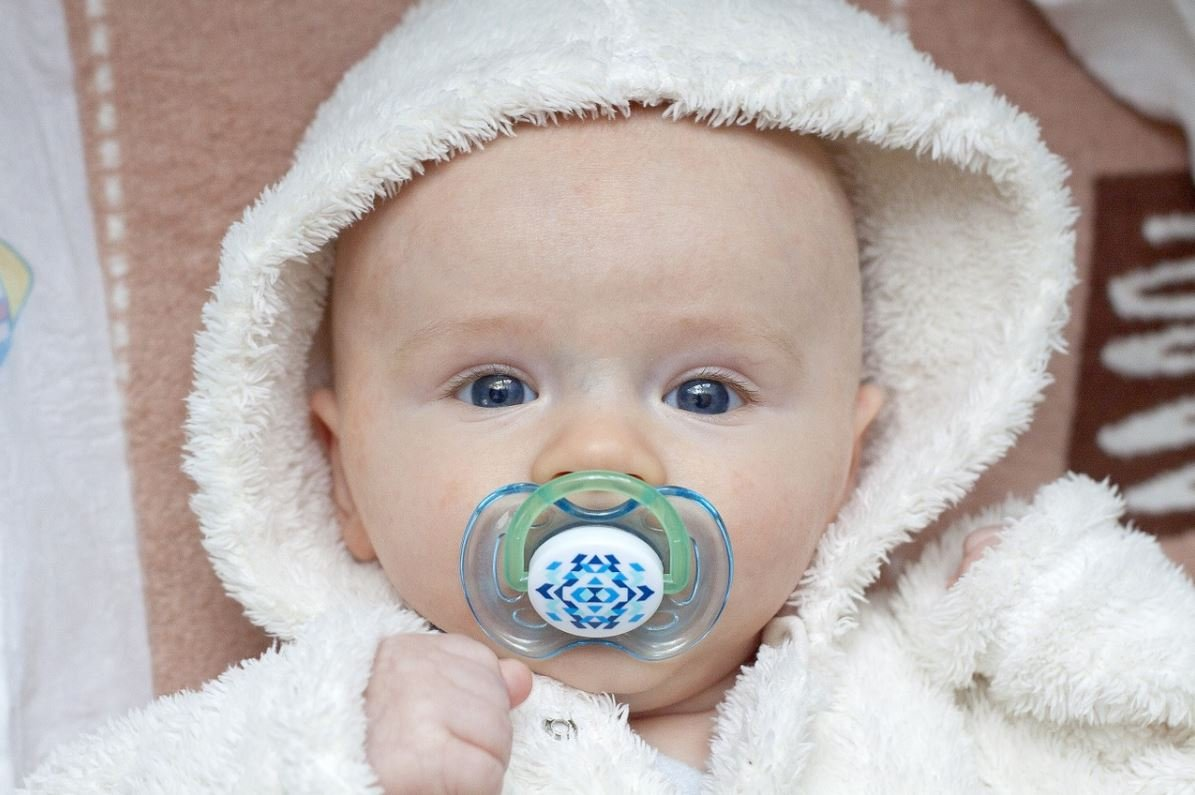 Louis company's pacifier and teether holders recalled due to choking hazard