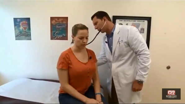 Michelle Ehrman gets a checkup from her doctor. CBS News.