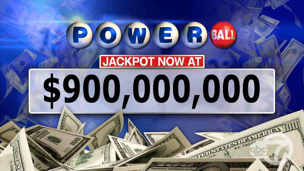Powerball jackpot soars to $900 million