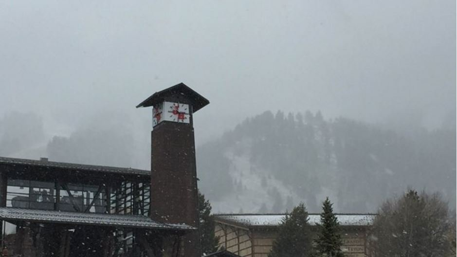 2 skiers killed in avalanche near Jackson Hole ID'd