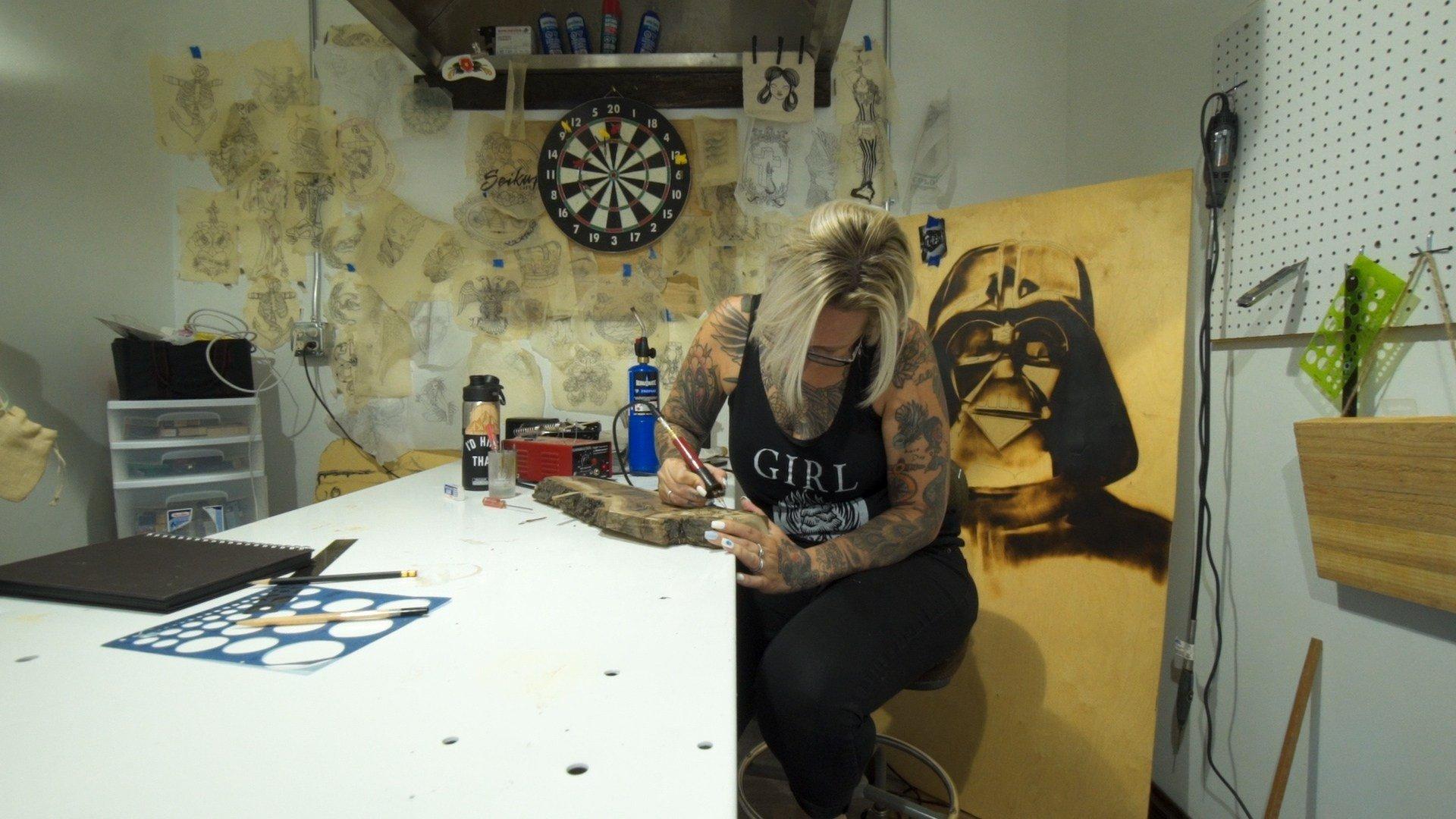 Melissa Burns at work in her studio (MTN News/Brandon Sullivan Photo)